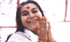 Shri Mataji - fondatrice de Sahaja Yoga