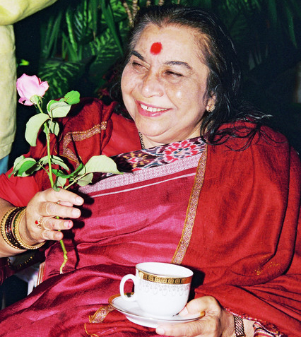 Claes Nobel présente Shri Mataji à Londres au Royal Albert Hall